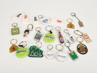 GROUPING OF BEER BOTTlE KEY CHAINS