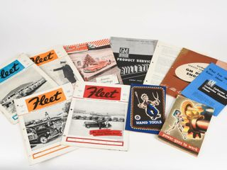 GROUPING OF 11 VINTAGE GENERAl MOTOR S BOOKlETS