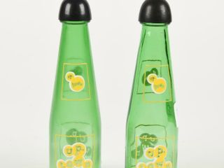 UP TOWN BEVERAGE GlASS SAlT   PEPER SHAKERS