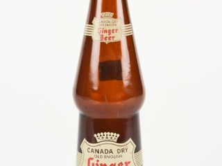 CANADA DRY GINGER BEER 10 OUNCE AMBER BOTTlE