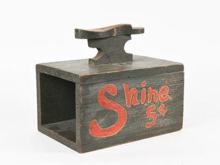 VINTAGE SHOE SHINE 5 CENTS WOODEN BOX