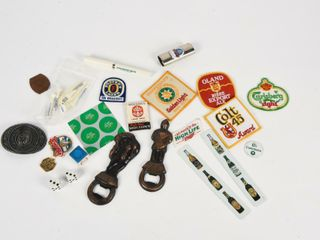 GROUPING OF BEER ADVERTISING COllECTIBlES