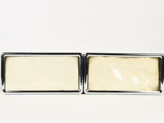 SET OF 2 VEHIClE lICENCE PlATE HOlDERS  NOS