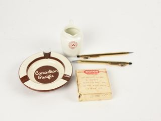 lOT OF CANADIAN PACIFIC RAIlWAY COllECTIBlES