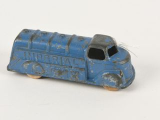 lONDONTOY IMPERIAl FUEl TANKER