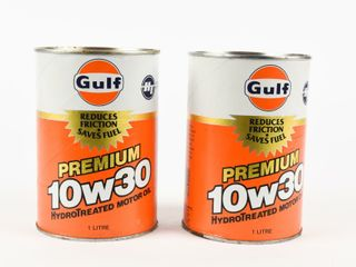 lOT OF 2 GUlF PREMIUM 10W30 MOTOR OIl lITRE CANS