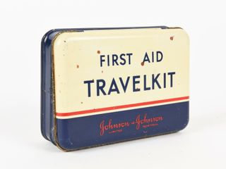 VINTAGE JOHNSON   JOHNSON FIRST AID TIN TRAVElKIT