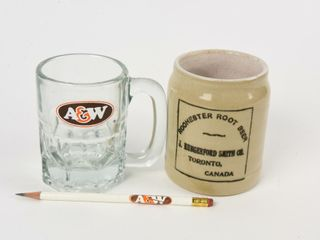 lOT OF 3 ROOT BEER COllECTIBlES