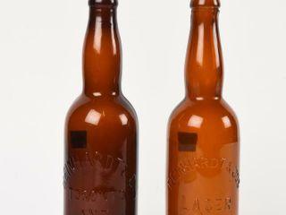 lOT 2 REINHARDT   CO  AMBER GlASS BEER BOTTlES
