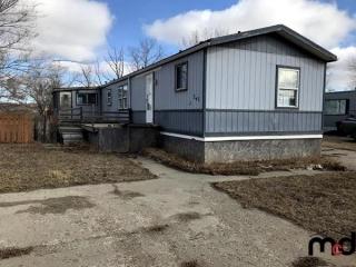 Real Estate Mobile Home – 201 Ambassador Village, Estevan