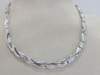 SIlVER METAl NECKlACE SIGNED MONET   16