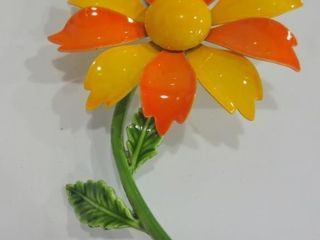 HAND PAINTED ORANGE AND YEllOW FlOWER BROOCH
