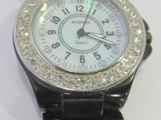 HUDSON WATCH WITH MOTHER OF PEARl DIAl
