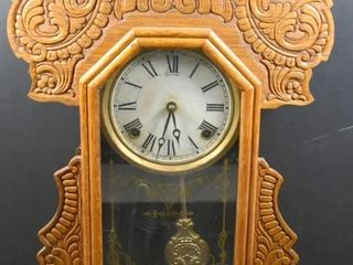 ANTIQUE SESSIONS GINGERBREAD MANTlE ClOCK W KEY