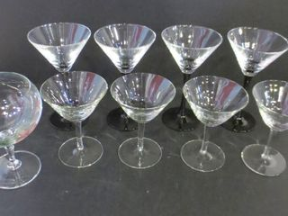 TWO SETS OF 4 COCKTAIl GlASSES  1 GOBlET
