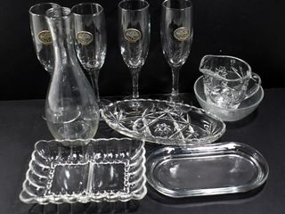 GlASS WINE CARAFE 4 CHAMPAGNE GlASSES   4 GlASS