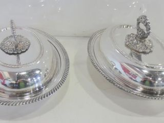 PAIR OF ROGERS SIlVER PlATE OVAl lIDDED SERVING