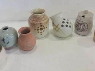POTTERY MINI 4  VASES  PAIR OF GARlIC HOlDERS