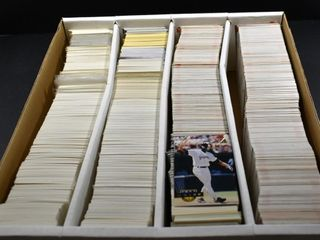BASEBAll CARDS IN A BOX