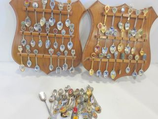 COllECTOR SPOONS AND PAIR OF WAll DISPlAY RACKS