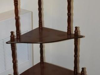 5 TIER CORNER DISPlAY SHElF  26  X 15  X 52