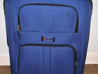 DElSEY BlUE SUITCASE