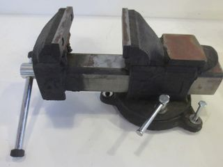 CAST IRON VICE WITH ATTACHMENT BOlTS   12  lONG