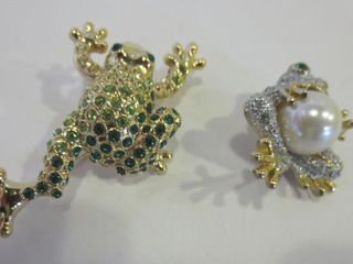 PAIR OF FROG BROOCHES   ONE SIGNED MONET