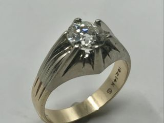 14   18KT GOlD DIAMOND RING