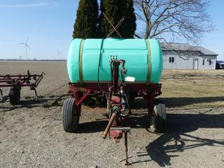 300 Gallon Trail Sprayer w 21ft Boom