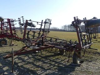 International 21ft S Tine Cultivator