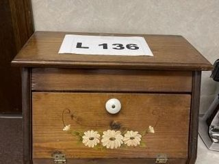 Wooden breadbox