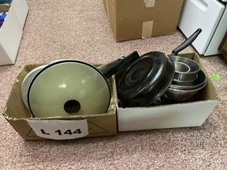Miscellaneous frying pans and stainless steel