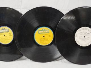 lot of 2 Vintage 12  78 rpm Vinyl Records   Sesame Street Record 1   2 and The Golden Record library