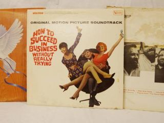 lot of 3 Vintage 12  78 rpm Vinyl Records   See Photos