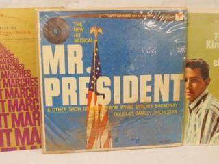 lot of 3 Vintage 12  78 rpm Vinyl Records   The Philadelphia Orchestra  Mr  President  and The Kingston Trio