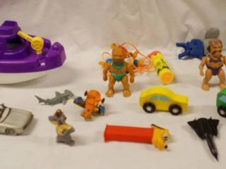 lot of Toys   Boat and Figurines  See Photos