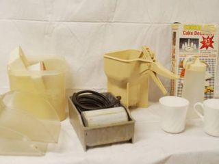 lot of Kitchen Items   Butter Bun Roller  Ketchup Dispenser  Cookie Decorators w  Original Box  and More