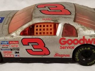 Collectible Die Cast Race Car  3   GM Goodwrench Service