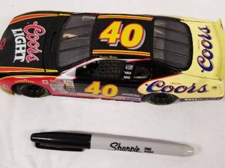 Collectible Die Cast Race Car  w  Hood   Trunk Movable   40   Coors light