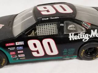 Collectible Die Cast Race Car    90   Heilig Meyers Furniture