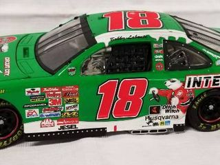 Collectible Die Cast Race Car   18   Coca Cola   Interstate Batteries   MBNA  w  Movable Hood and Trunk