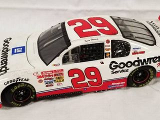 Collectible Die Cast Race Car   29   GM Goodwrench Service Plus