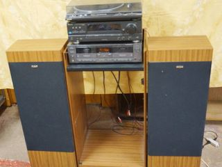 Very Nice Stereo System  Technics   2 RCA Speaker  That are AWESOME  See Photos