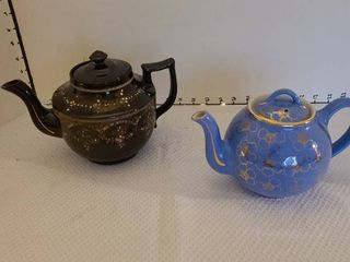 Hall and Price Brothers teapots