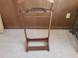 Butler tree coat stand