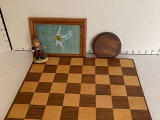 Wooden checkerboard and decor
