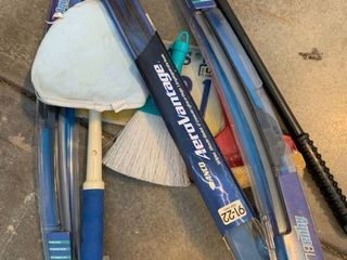 Windshield wiper  brooms  squeegee and windshield cleaner