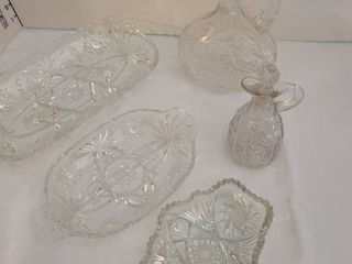 Five pieces glassware