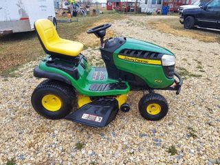 John Deere E130 Riding lawnmower  7 6 Hours